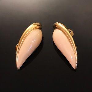 ✨VTG Signed Monet Earring Clips